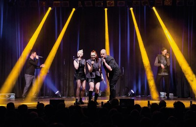 "a capella pop show ""ONAIR: Vocal Legends"""